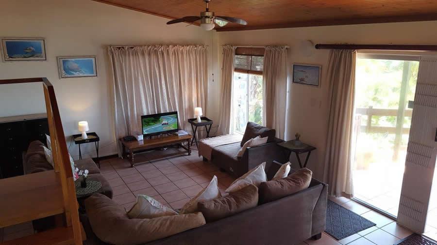 Unit 15 - openplan living room